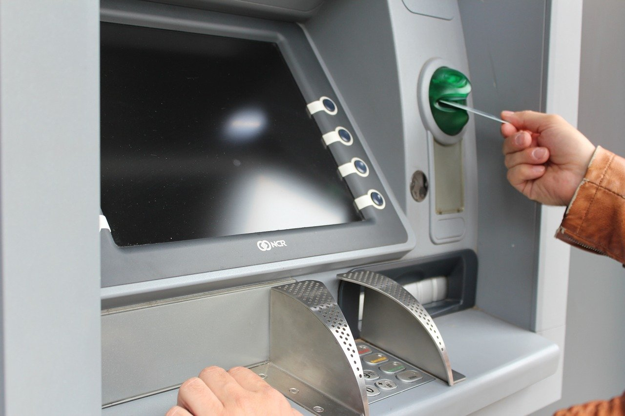 atm, withdraw cash, map