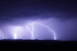flash, thunderstorm, ore mountains-1455285.jpg
